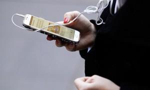 버벅대는 스마트폰 용량 획기적으로 늘리는 방법