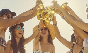 여름 맥주 '코로나'를 제대로 즐길 수 있는 3곳