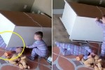 서랍장 밑에 깔린 쌍둥이 동생 구한 2살배기 '영웅' 아기 (영상)