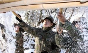 '산간지역' 어르신 위해 제설작업 벌인 대한민국 장병들