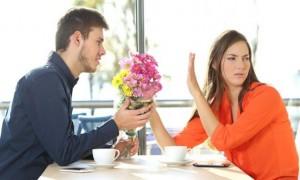 당신의 성적 매력을 급감시키는 사소한 습관 7가지