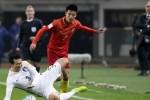 한국vs중국…코너킥 막지 못해 '0-1'로 전반 종료