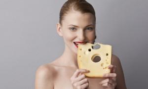 '치즈' 안 먹는 사람보다 많이 먹는 사람이 날씬하다 (연구)