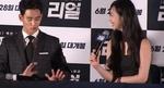 기자 질문에 흥분한 설리 진정시키는 김수현 (영상)