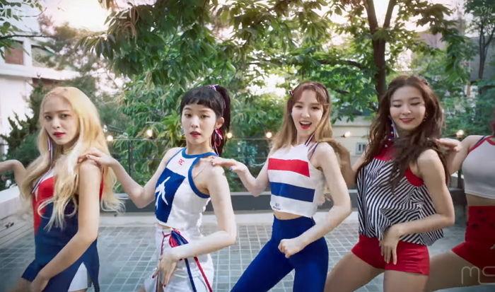 금손 유튜버가 만든 '트와이스X블랙핑크X레드벨벳'의 콜라보 MV