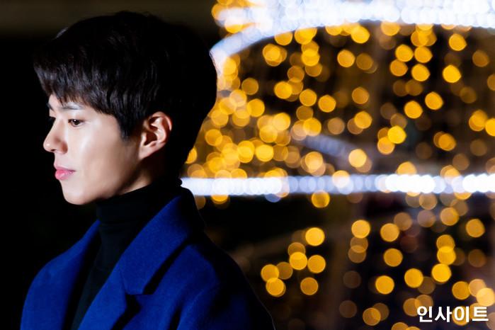배우 박보검이 11일 오후 2018 MAMA(마마) FANS' CHOICE in JAPAN에 참석 차 김포국제공항을 통해 일본으로 출국 하고 있다. / 사진=고대현 기자 daehyun@