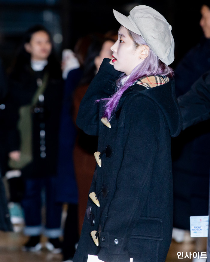 트와이스 다현이 11일 오전 '2018 MAMA(마마) FANS' CHOICE in JAPAN' 참석 차 김포국제공항을 통해 일본으로 출국 하고 있다. / 사진=고대현 기자 daehyun@