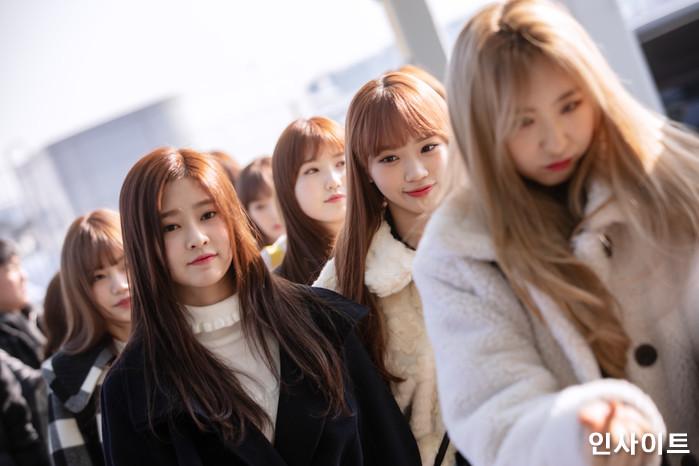 아이즈원 김민주 김채원 이채연이 13일 오전 '2018 MAMA (마마) Mnet Asian Music Awards FANS' CHOICE in HONGKONG'에 참석 차 인천국제공항 제2여객터미널을 통해 출국 하고 있다. / 사진=고대현 기자 daehyun@