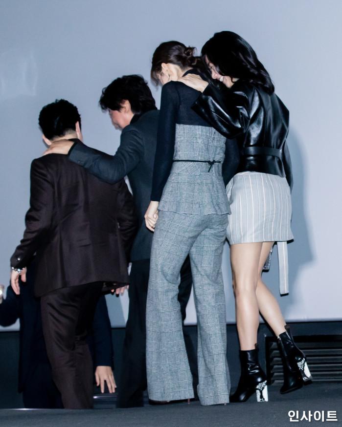 출연진들이 14일 오후 서울 용산CGV에서 열린 영화 '마약왕' 언론시사회에 참석해 포즈를 취하고 있다. / 사진=고대현 기자 daehyun@