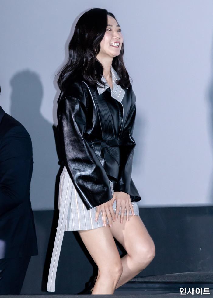 배우 배두나가 14일 오후 서울 용산CGV에서 열린 영화 '마약왕' 언론시사회에 참석해 포즈를 취하고 있다. / 사진=고대현 기자 daehyun@