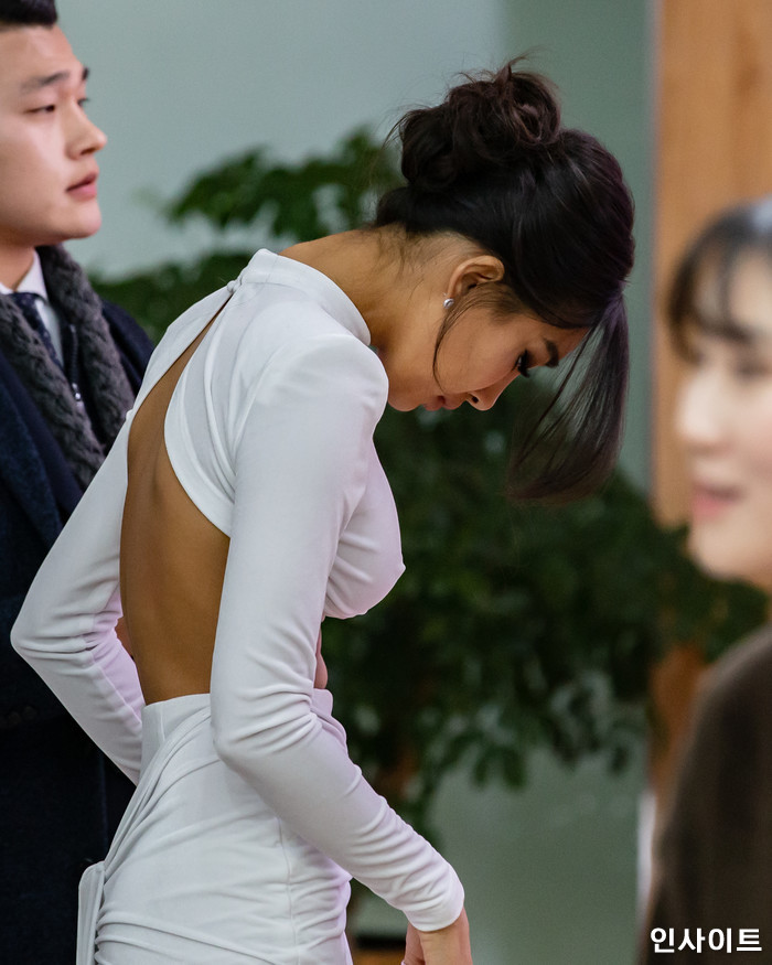 모델 문가비가 22일 오후 서울 영등포구 여의도동 KBS 본관 시청자광장에서 열린 '2018 KBS 연예대상' 시상식에 참석해 레드카펫을 밟고 있다. / 사진=고대현 기자 daehyun@