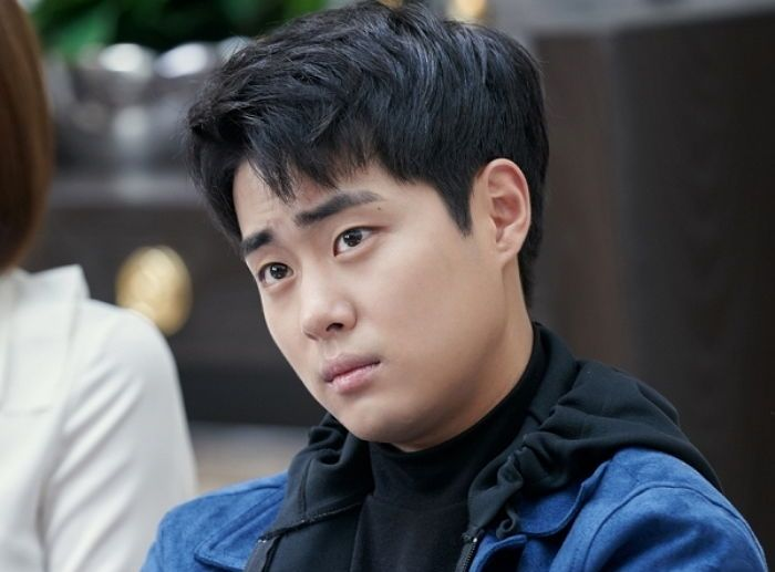 시크한 외모와 달리 '싸이월드' 감성 떠올리게 하는 'SKY캐슬 ...