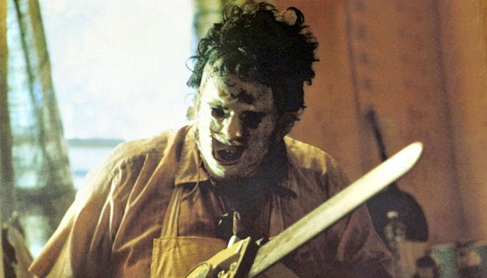 미치광이 살인마 나오는 공포 영화 '텍사스 전기톱 연쇄살인 ...